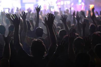 WorshipHandsCrowd-1